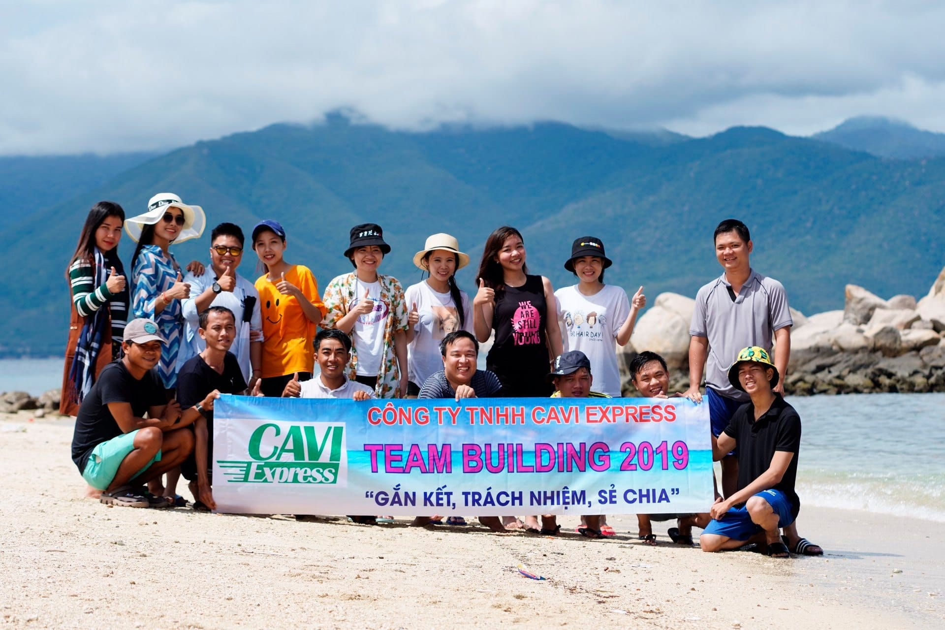 Tuyển nhân viên kinh doanh vận tải giao nhận Campuchia